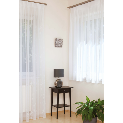 CINTIA Fehér színű virágmintás készfüggöny ráncolóval, akasztóval és bújtatóval 300*255 cm